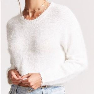 Forever 21 white fuzzy sweater size M